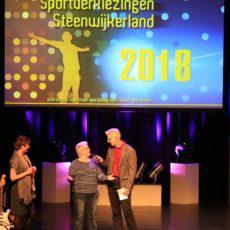 """Lutieneke wint """"50-plus"""" sportprijs op Sportgala 2018."""